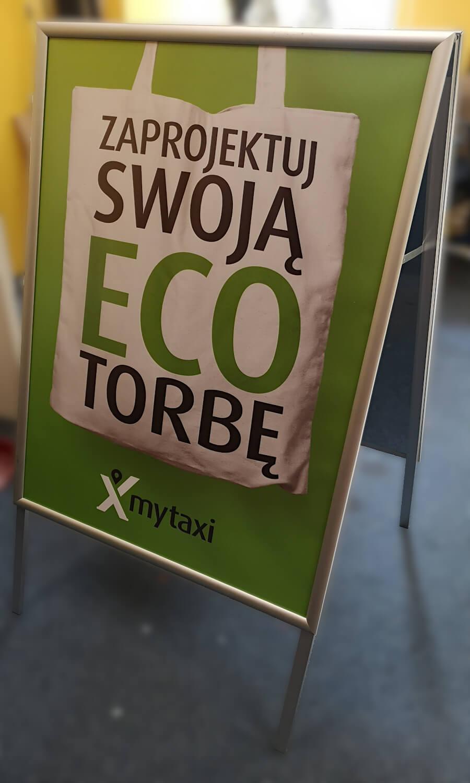 plakat potykacz druk solwentowy my taxi free now