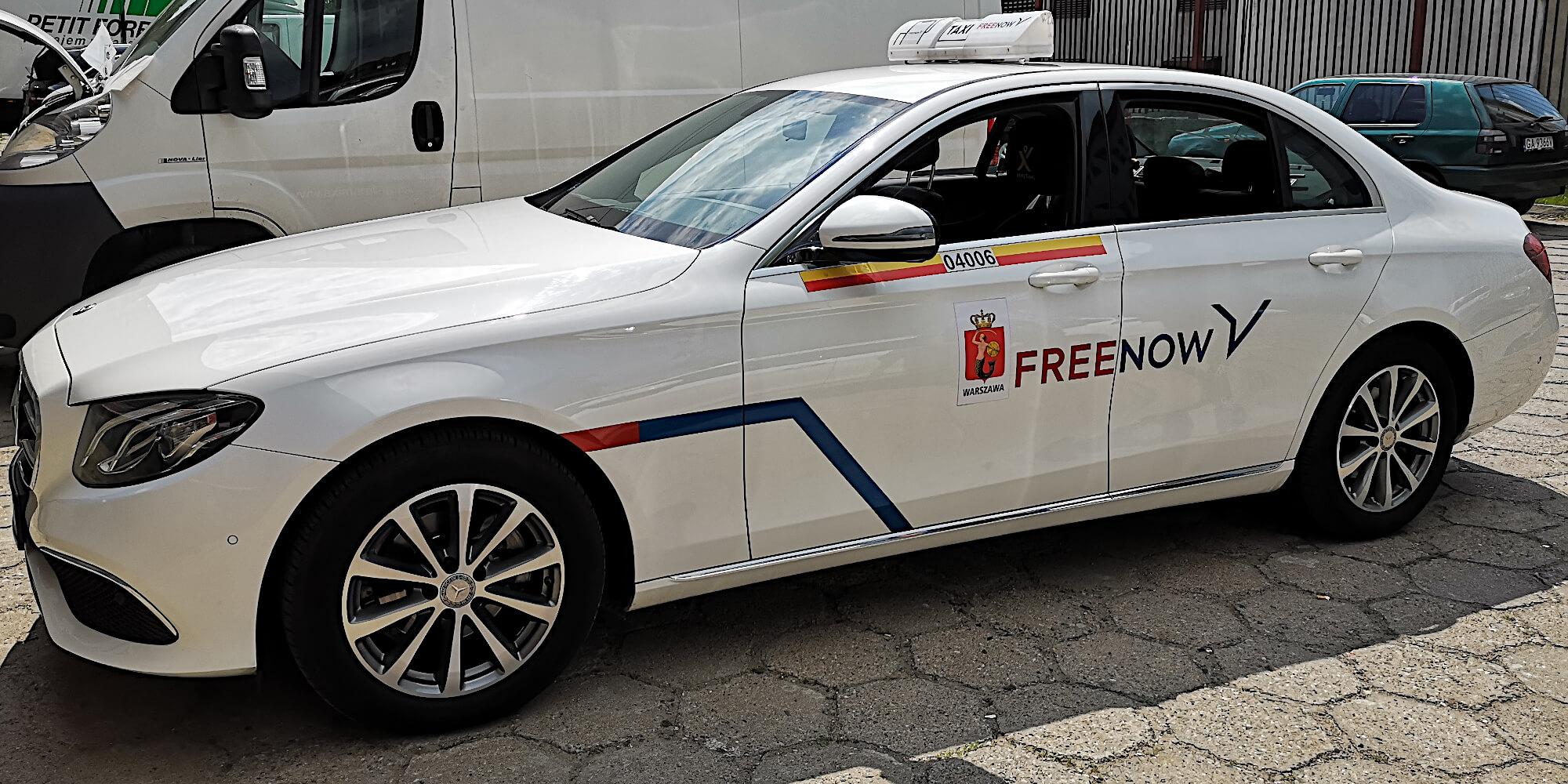 oklejanie samochodów taksówek taxi free now