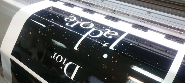 druk solwentowy dior folia samoprzylepna